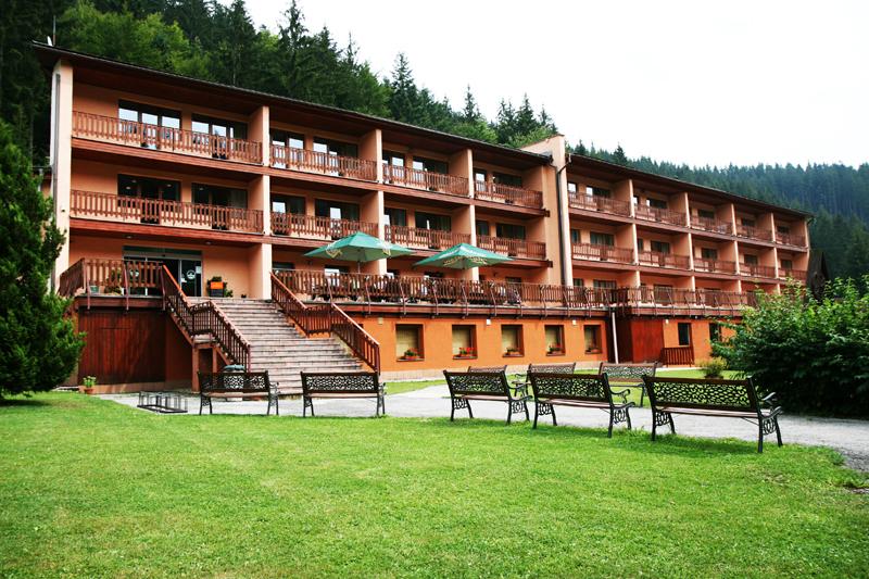Hotel Podjavorník - Ubytovanie v Ski Čertov