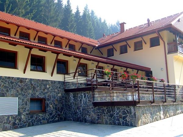 Penzión Solisko*** - Reštaurácia v Snowparadise Veľká Rača Oščadnica